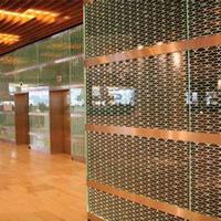 玻璃夹丝装饰网,商场隔间装饰效果-浩通金属丝网