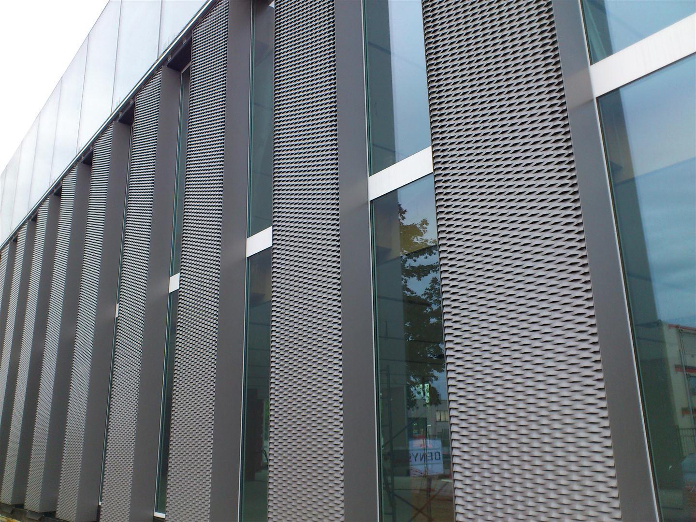 使用在外墙装饰的钢板网